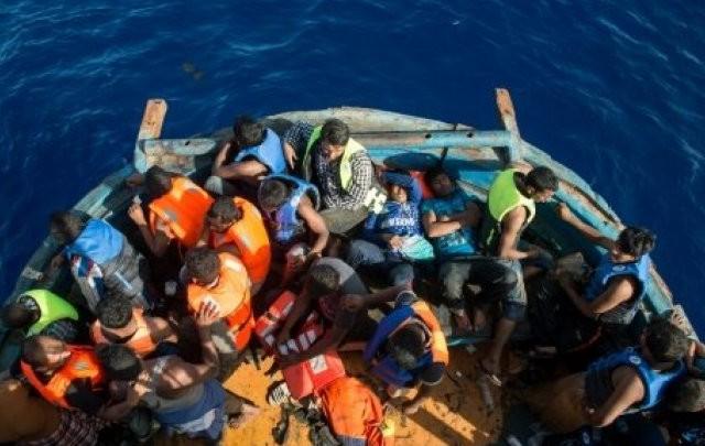 mediterranée immigrés   مهاجرين