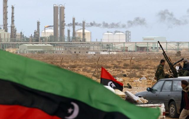 ras-lanouf-libye-kadhafi_674523