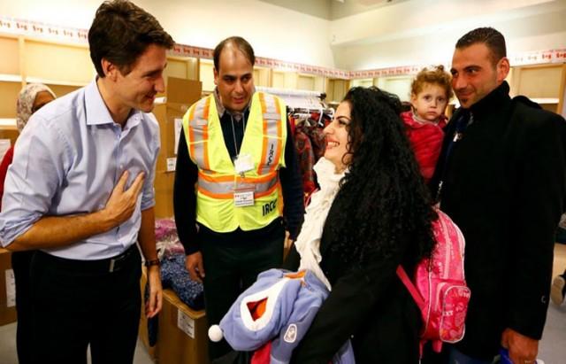وصول أول مجموعة من اللاجئين السوريين إلى كندا