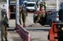 قال الجيش الإسرائيلي إن جنوده قتلوا الاثنين فلسطينيا رميا بالرصاص بعد أن حاول طعنهم في الضفة الغربية المحتلة. وتعد هذه أحدث حلقة في سلسلة عمليات الطعن والدهس وإطلاق النار التي تشهدها الأراضي الفلسطينية المحتلة وإسرائيل منذ شهور.