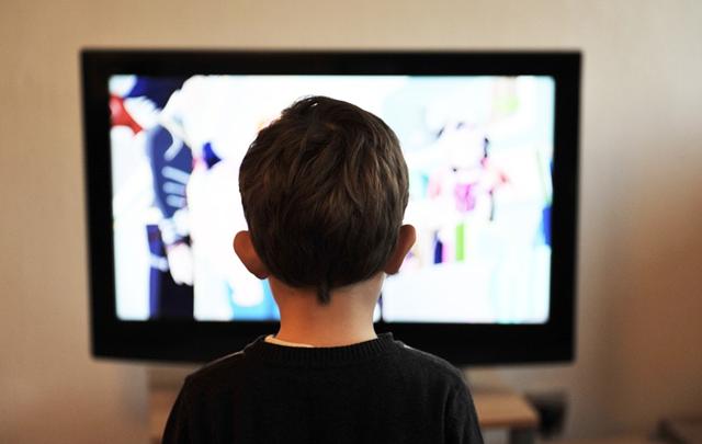 enfant-tv ordinateur