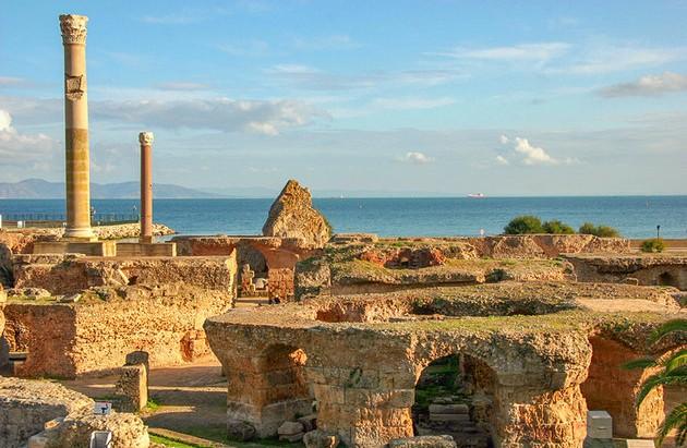 tunisia-tunis-carthage-ruins2