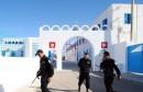 des-policiers-tunisiens-en-faction-devant-la-synagogue-de-la-ghriba-dans-le-sud-du-pays-le-8-mai-2012_5332019