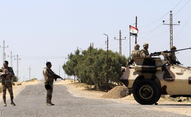 قتل كاهن إحدى الكنائس المصرية على يد مسلحين بمدينة العريش شمال سيناء، بحسب ما أكدت الكنيسة الأرثوذكسية المصرية.