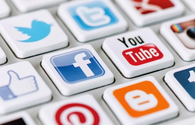 social_media facebook youtube