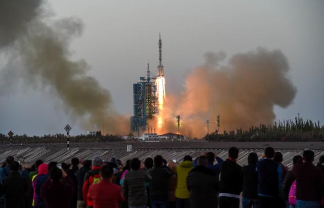 الصين تطلق مركبة فضائية في أحدث مهمة إلى الفضاء