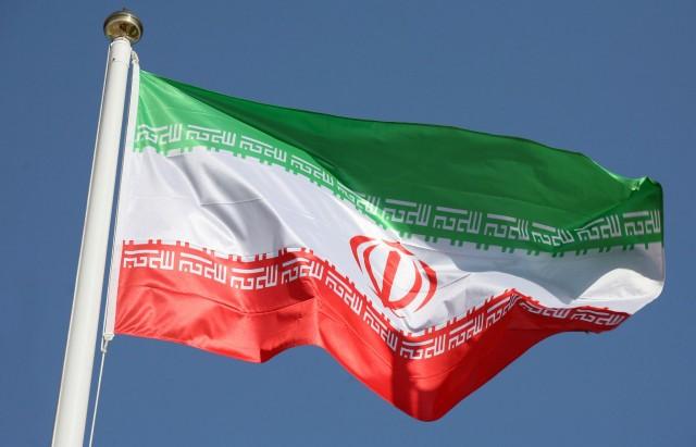 ايران-تفقد-القلوب-والعقول