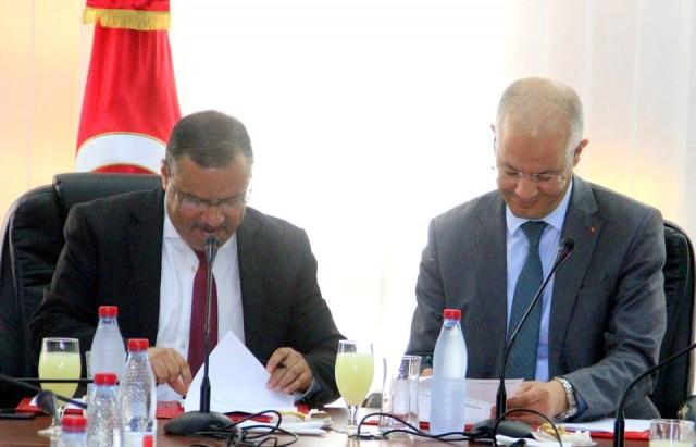 إمضاء اتفاقية شراكة بين وزارتي الصحة والفلاحة لمقاومة حمى غرب النيل