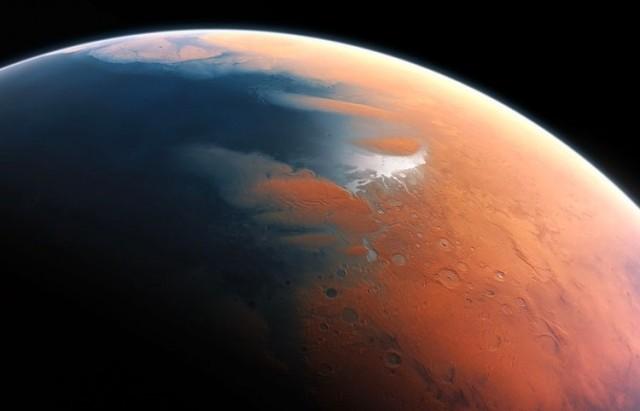 ماء فوق المريخ