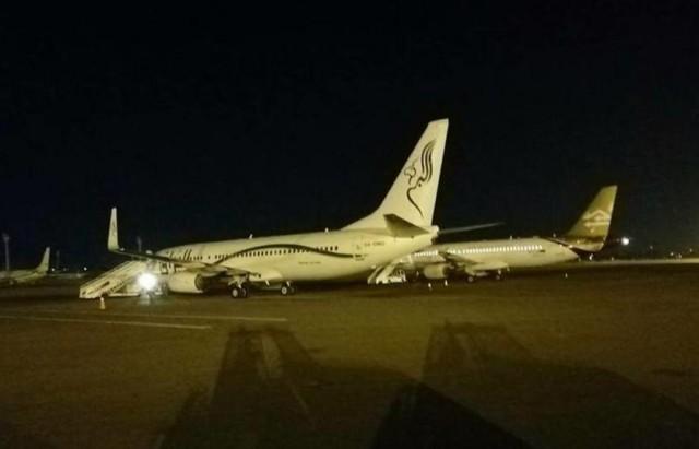إغلاق مطار العاصمة الليبية بعد إطلاق صواريخ بالقرب منه