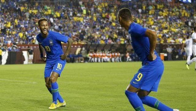 البرازيل تسحق السلفدور