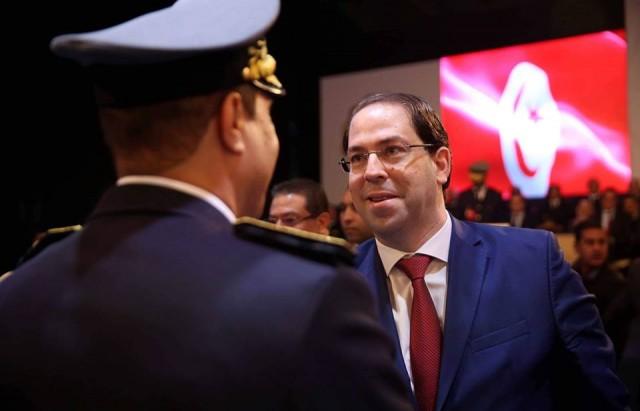رئيس الحكومة يشرف على توسيم وتعليق شارات الرتب في الذكرى 62 لتونسة الديوانة