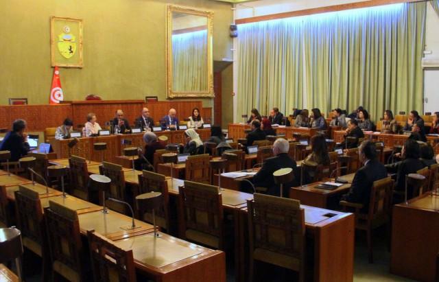 جلسة عمل بمجلس نوّاب الشّعب حول الحوار المجتمعي للصحة