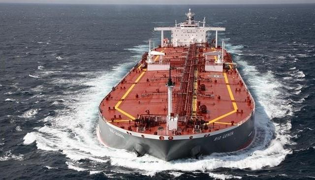 إيران : سنرد بحزم إذا تحركت البحرية الإسرائيلية ضد شحناتنا النفطية