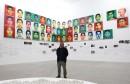 """مليون قطعة """"ليغو"""" بألوان متنوعة تستعرض  صورا كبيرة لضخايا مجزرة نحو 43 طالبا مكسيكيا"""