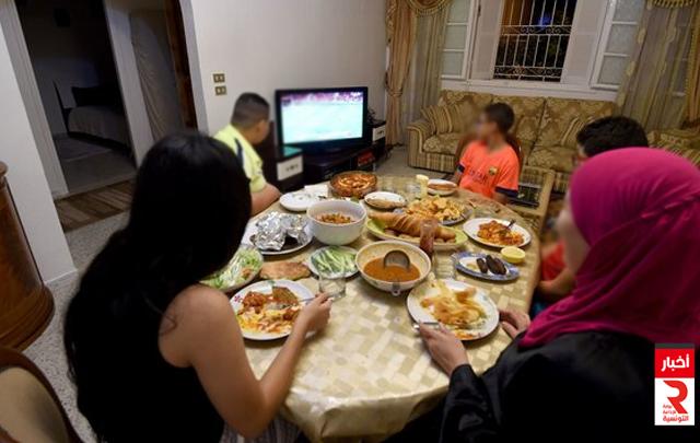 في شهر رمضان مدى تقاسم الادوار داخل الاسرة التونسية