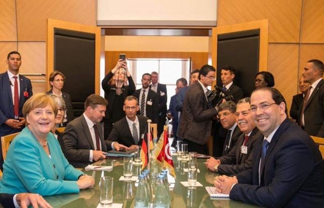 رئيس الحكومة يوسف الشاهد يلتقي ظهر اليوم بجينيف المستشارة الالمانية انجيلا ميركل