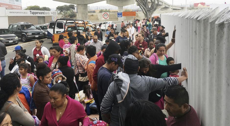 أمريكا  :أوامر بطرد حوالي مليون شخص من المهاجرين غير الشرعيين