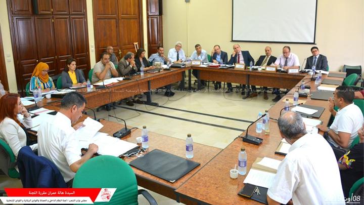 لجنة النظام الداخلي تستمع إلى وفدين عن هيئة الإنتخابات والمحكمة الدستورية