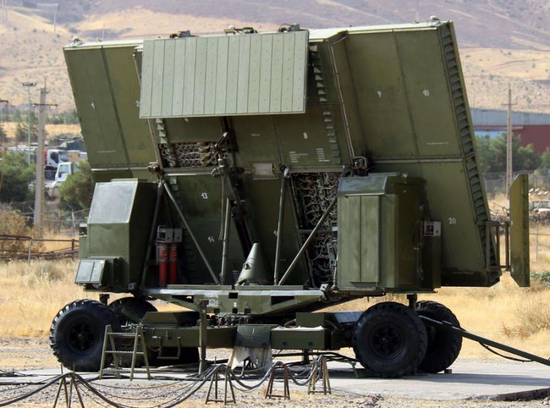 ايران تكشف عن منظومة مطورة للدفاع الصاروخي بمدى 400 كيلومتر