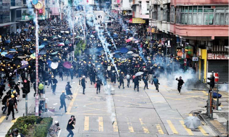 الصين تتهم أمريكا بدعم الاحتجاجات في هونغ كونغ
