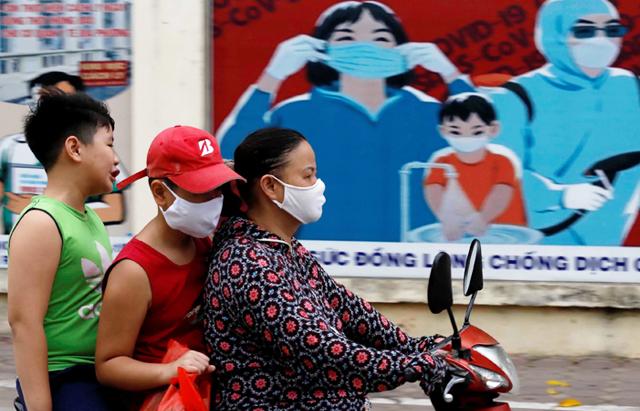 إصابات بكورونا في مصانع فيتنامية يعمل بها الآلاف