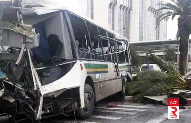 اصطدام حافلتين لنقل العملة بشارع محمد الخامس يسفر عن إصابة 20 شخصا
